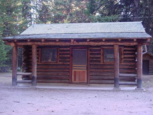 Cabin 4 (Small)